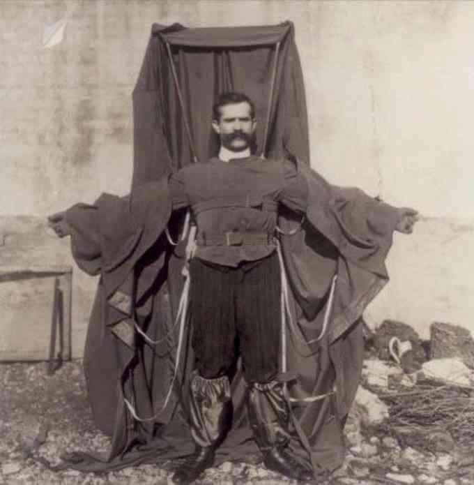 Franck Reichelt (Inventeur du manteau-parachute)