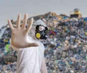 Le Sénat repousse d'un an l'interdiction des plastiques jetables...