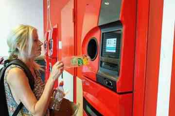 La quasi-totalité des bouteilles sont recyclées en Allemagne, notamment grâce à des machines à consigne
