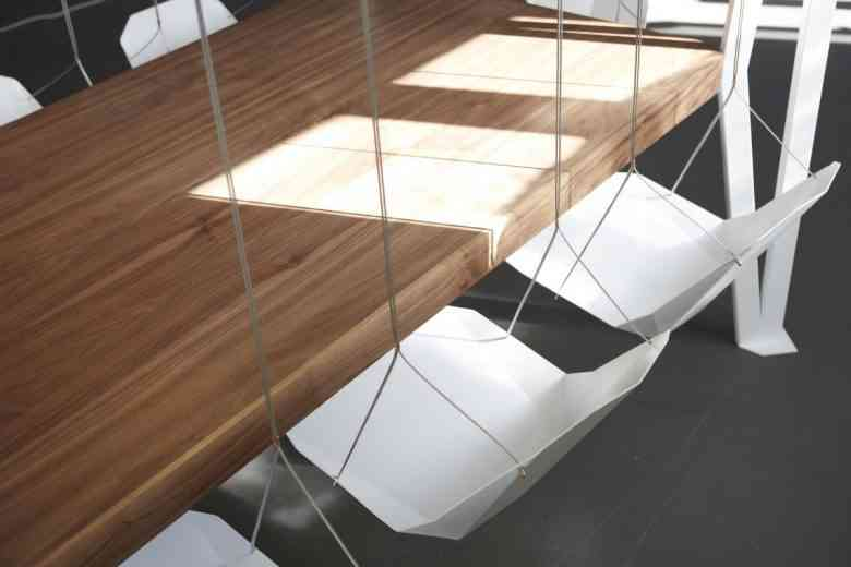 Swing Table, une table de réunion qui fait également office de... balançoire !