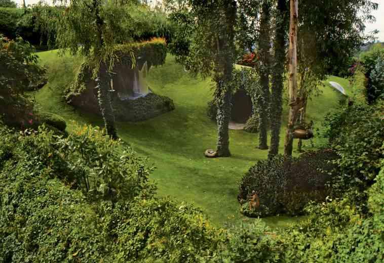 """L'impressionnante maison """"biologique"""" de l'architecte Javier Senosiain"""