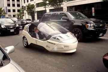 Twike, l'étonnante voiture électrique à pédales qui roule à près de 190km/h