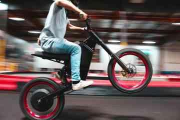 CAB Motorworks : Recon, le vélo électrique qui accélère de 0 à 80 km/h en 5 secondes