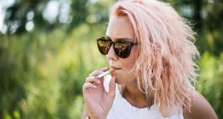 Paris : La cigarette est désormais interdite dans 52 parcs et jardins publics