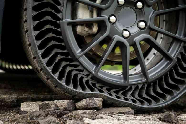 Uptis : Michelin invente le pneu sans air comprimé et increvable