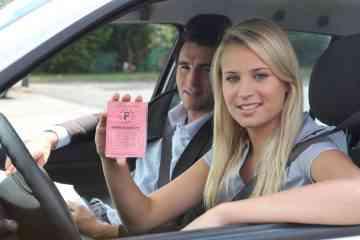 Il est désormais possible de passer l'examen du permis de conduire dès l'âge de 17 ans