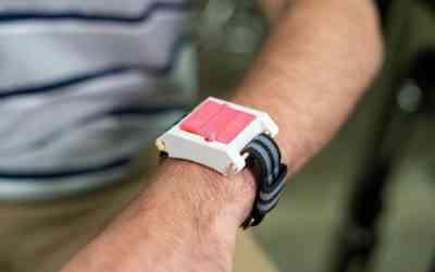 """EpiWear, la """"montre"""" qui injecte de l'épinéphrine en cas d'allergie"""