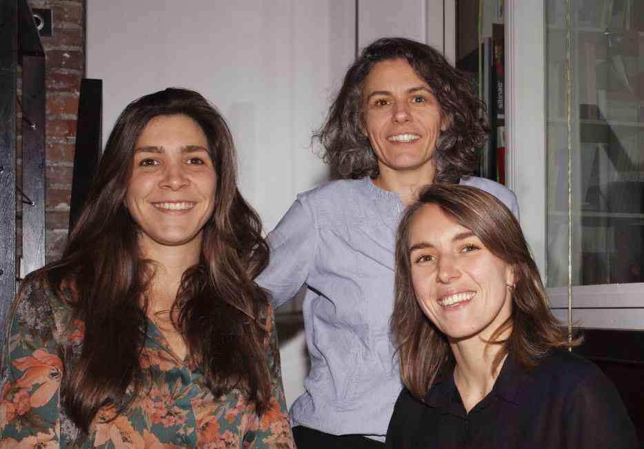 Trois femmes architectes récupèrent les déchets de chantier pour rénover les logements des personnes en situation de précarité