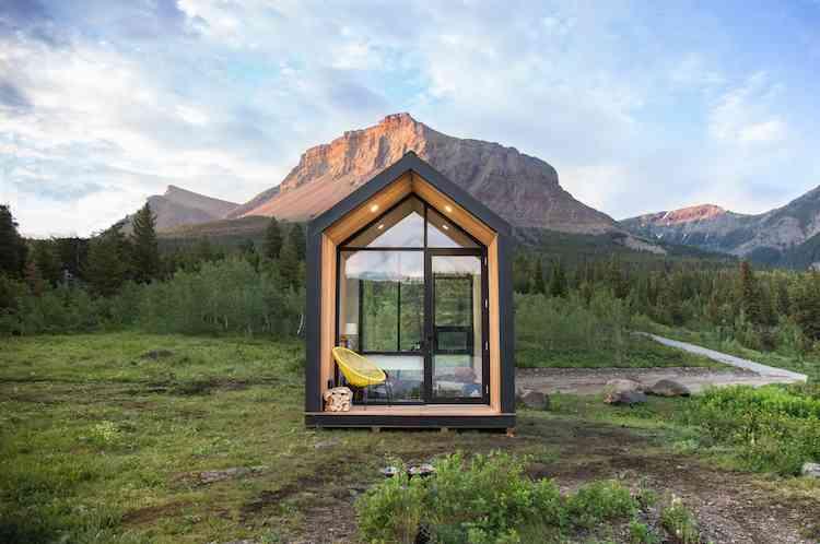 Photo de Mono, une mini maison à énergie solaire et en préfabriqué qui se monte en seulement 4 heures