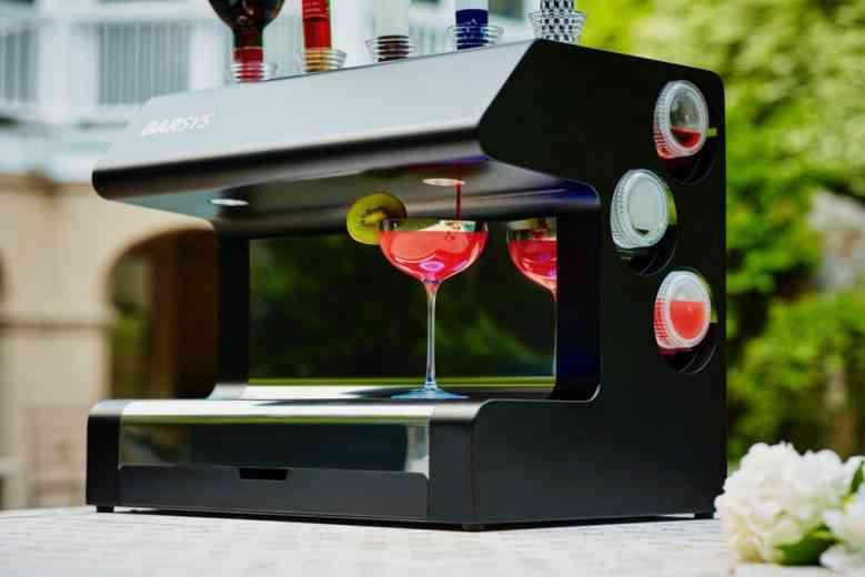 Barsys 2.0, la machine automatisée qui prépare des cocktails parfaits