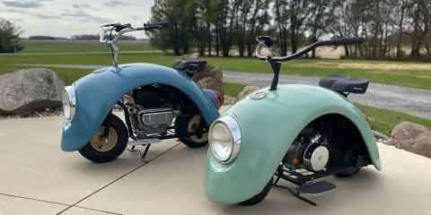Il fabrique des scooters vintages avec des morceaux de Coccinelles