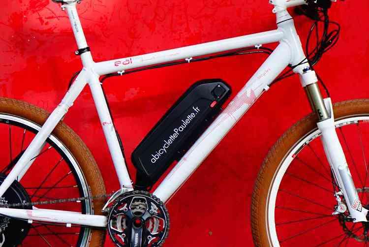 À Bicyclette Paulette : un kit électrique plus performant et en moyenne 2 fois moins cher qu'un vélo électrique