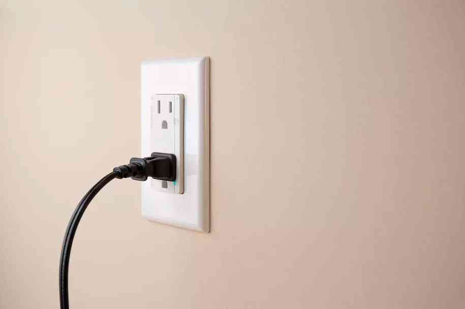 Smart In-Wall, la prise connectée que vous pouvez contrôler avec Siri, Alexa ou Google Assistant