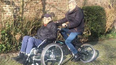 Bi-Dule : ce vélo électrique pliant intègre un fauteuil roulant pour redécouvrir les joies d'une balade à vélo