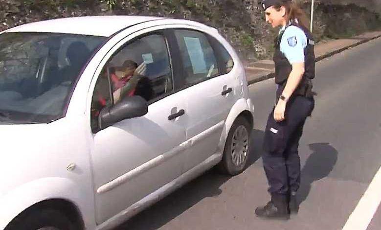 Une idée géniale si vous êtes contraints de prendre votre voiture pour vos déplacements autorisés