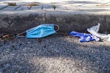 Italie : jeter un masque ou des gants sur la voie publique coûte désormais 450€ d'amende !