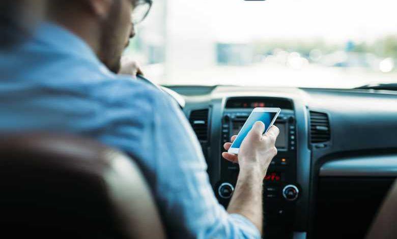 Depuis le 22 mai, retrait du permis de conduire immédiat et automatique en cas d'infraction avec un téléphone au volant
