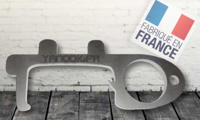 Yanook, un crochet métallique qui va limiter au maximum le contact avec les surfaces