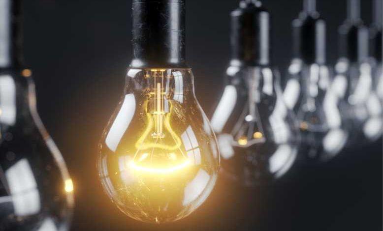 Des chercheurs ont reconstitué une conversation en observant les vacillements de lumière d'une simple ampoule...