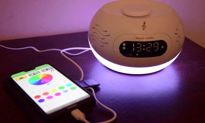 Test du réveil Bluetooth diffuseur d'huiles essentielles Kumo par Aromasound
