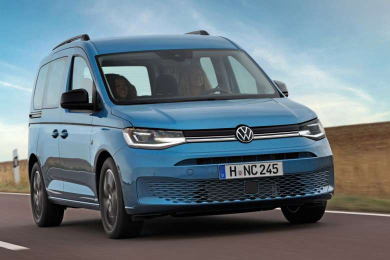 Volkswagen transforme son Caddy California 2020 en Camping-Car