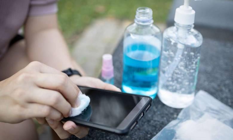 Selon cette étude australienne, la Covid 19 pourrait survivre jusqu'à 28 jours sur nos téléphones et les billets de banque