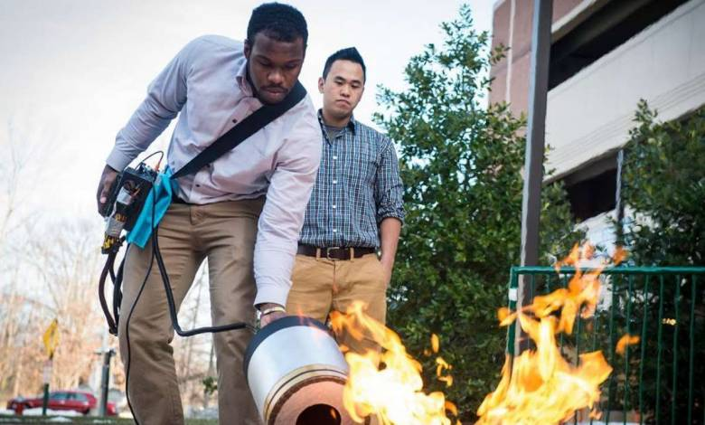 Etats-Unis : deux étudiants inventent un étonnant extincteur à ondes sonores !