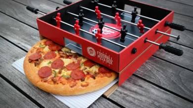 Photo de 🍕Foosball Pizza Box : Pizza Hut invente les boîtes à pizza / baby-foot !