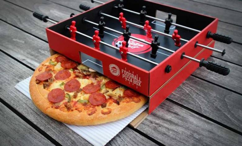 Insolite : Pizza Hut invente les boîtes à pizza / baby-foot !