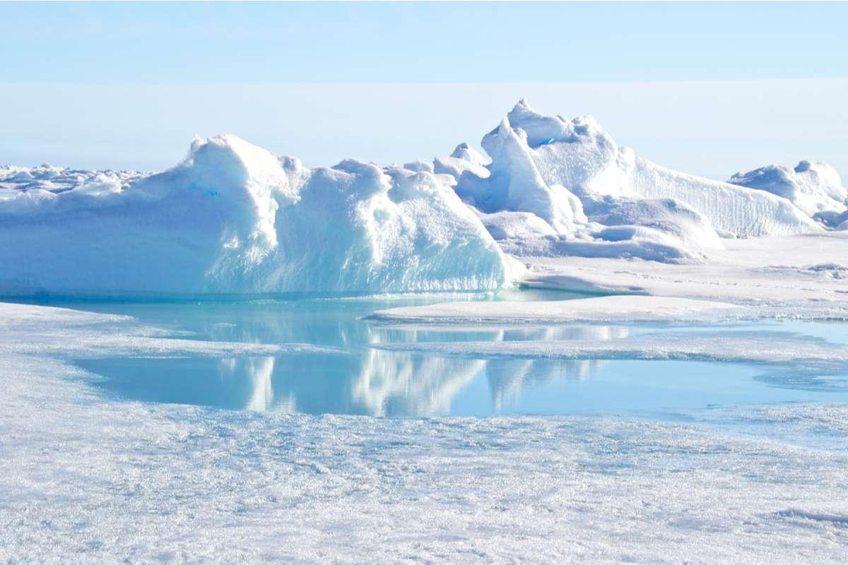 Découverte de plusieurs formes de vie non identifiées à 900 m de profondeur sous la calotte glaciaire ! - NeozOne