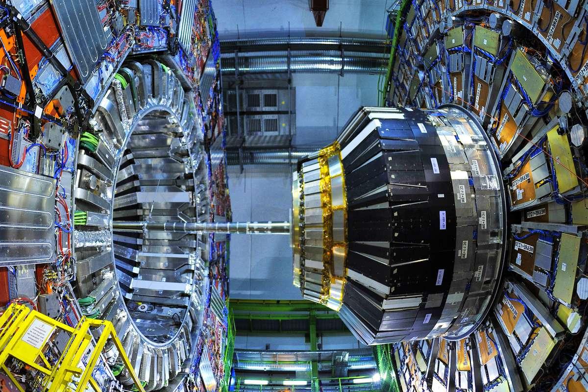 Découverte de quatre nouvelles particules subatomiques au CERN - NeozOne