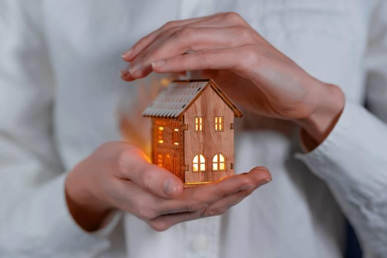 Location de maison : comment doit s'assurer le propriétaire ?