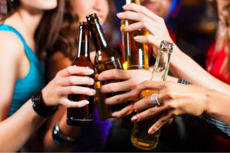 L'alcool serait lié à plus de 700 000 cas de cancer chaque année dans le monde affirme cette étude
