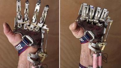 Steampunk : un ingénieur a conçu et fabriqué sa propre prothèse de main robotisée