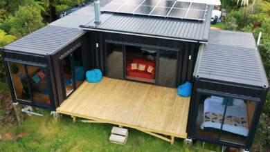 Rosie : une magnifique maison hors réseau composée de 5 containers posée au cœur de la nature